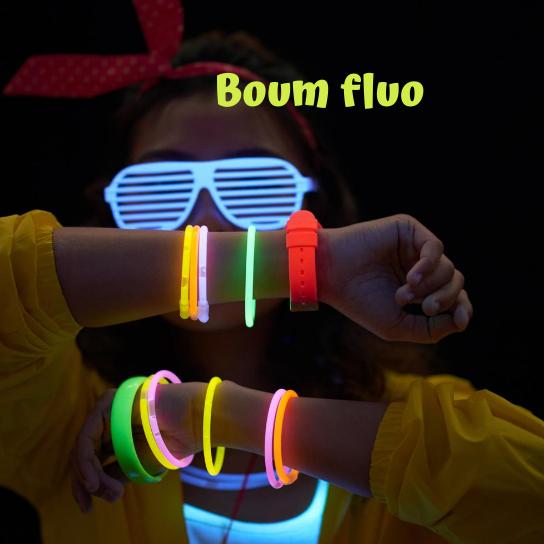V3 BOUM FLOU 1 square - Boum fluo